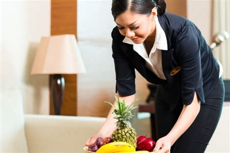 for work 64 essential vocabulary words for hotel housekeeping fluentu