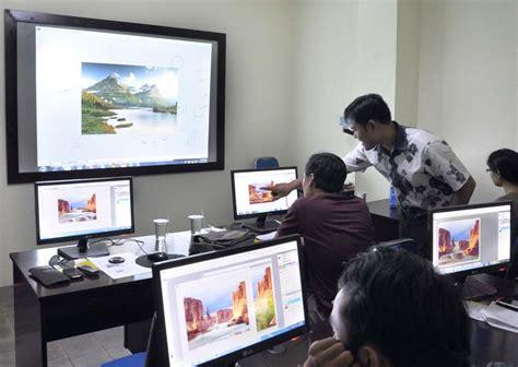 kerja desain grafis online 7 tujuh kursus paling populer dan cepat dapat kerja