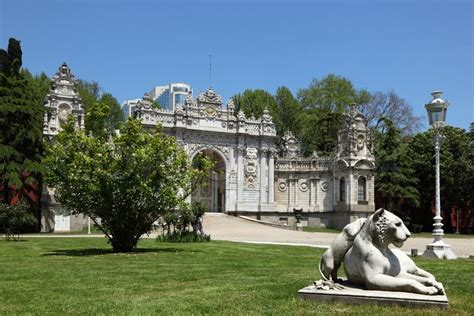 Garden Of Turkey Garden Of The Dolmabahce Palace In Istanbul Turkey
