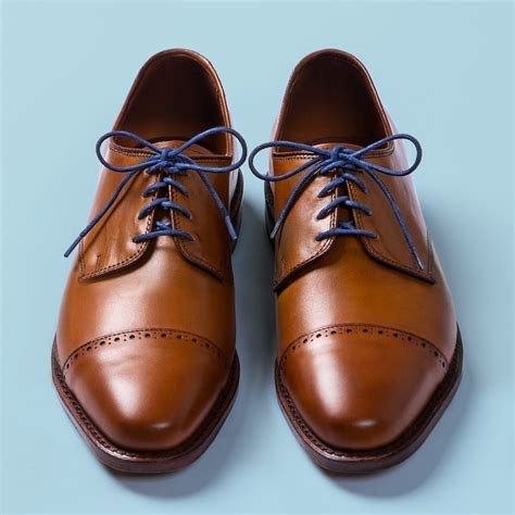 the 3 best ways to lace your dress shoes the gentlemanual a handbook for gentlemen scoundrels