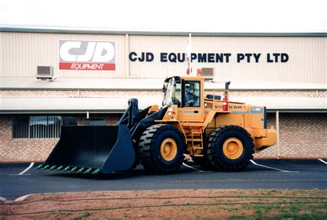 cjd volvo cjd equipment marks quarter of a century with volvo ce