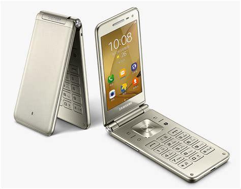 samsung galaxy folder   flip phone  runs android officially debuts  china phonedog