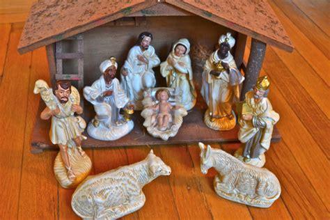 Decorating Ideas For Nativity Amazing Nativity Sets And Decorations 2016 Girlshue