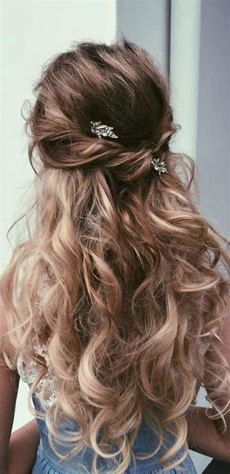 best 25 wedding hairstyles hair ideas on bridesmaid hair grad hairstyles