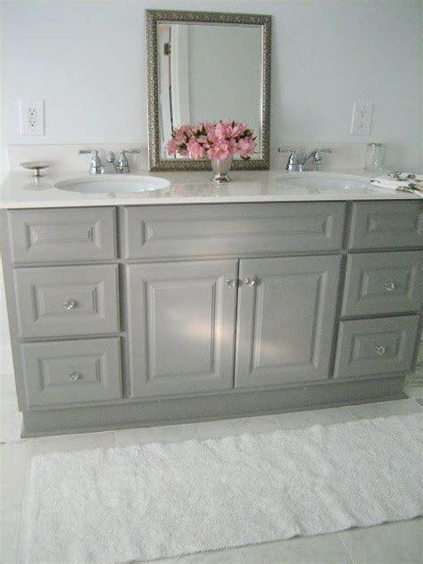 how to paint a bathroom cabinet 17 best ideas about painting bathroom vanities on