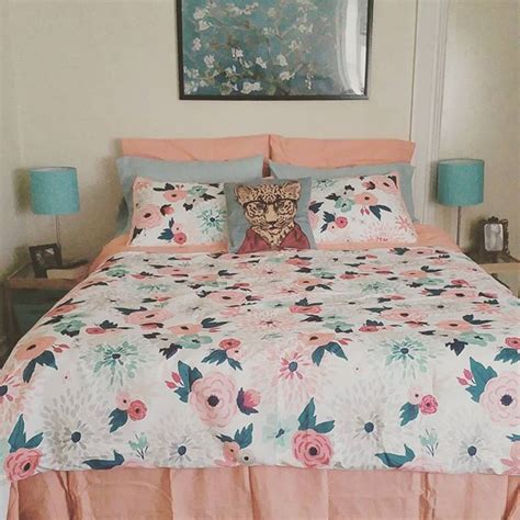 Floral Bedspreads And Comforters by 1000 Ideas About Floral Comforter On Bedding Black Bedspread And Floral Bedding