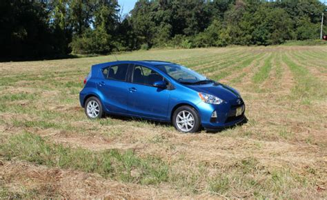 Best Fuel Economy Hybrid Cars by Top 5 Most Fuel Efficient Hybrid Cars Hybridcars