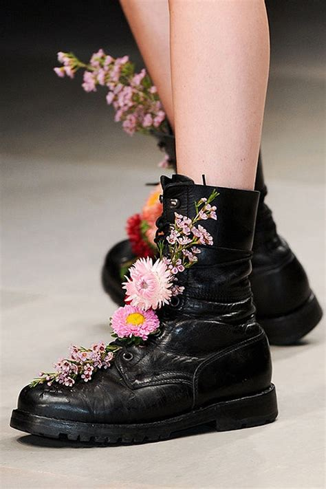 flowers shoes creative inspiration wear flowers in combat boots