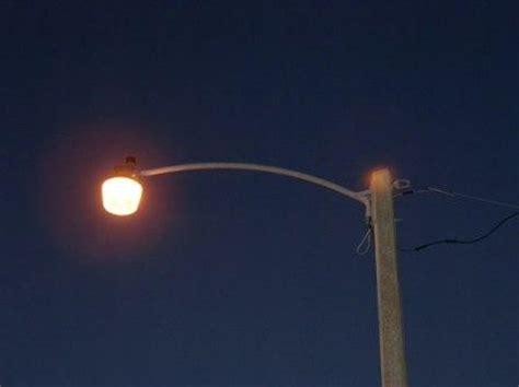 Sodium Vapor Light by Streetlights High Pressure Sodium Orange Versus Mercury