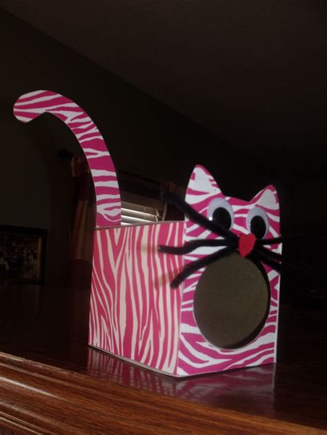 cat valentines box emmy s s box made from a klenex box covered with