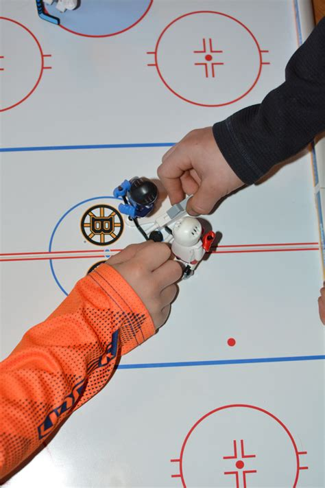 Hockey Giveaways - holiday gift guide playmobil nhl hockey arena giveaway mommy s fabulous finds