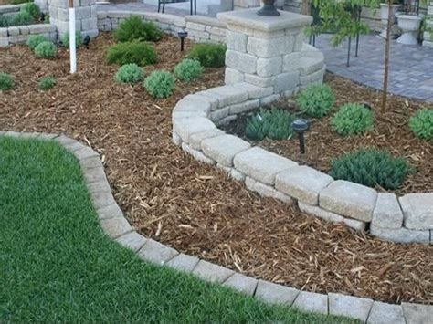 Garden Edging Stones by The Benefits Of Landscaping Edging Stones Your