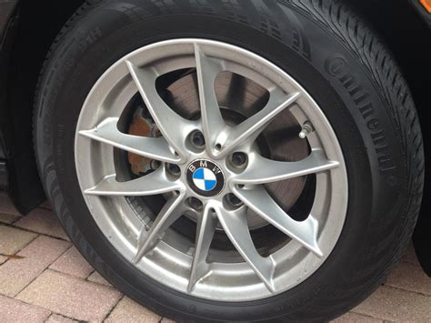 Bmw 328i Tires by Like New 16 Inch Oem Rims And Tires 2010 Bmw 328i