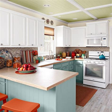 kitchen cabinet magazine white kitchen with cabinet crown moulding saw this in