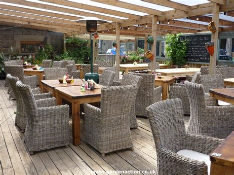 covered outdoor seating garden centre at the barn garstang