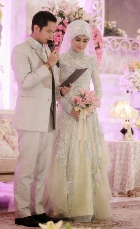 Gaun Muslim Modern baju pengantin muslim 2014 auto design tech