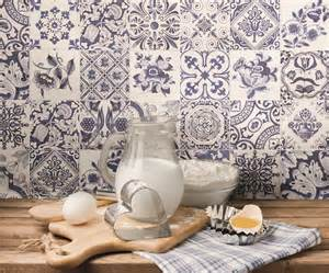 Feeling a bit blue and white kitchen sourcebook