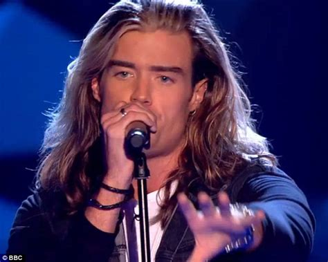the voice contestant with long hari the voice s rick snowdon sends twitter into a frenzy after