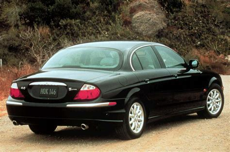 Jaguar Auto S Type by 2000 02 Jaguar S Type Consumer Guide Auto
