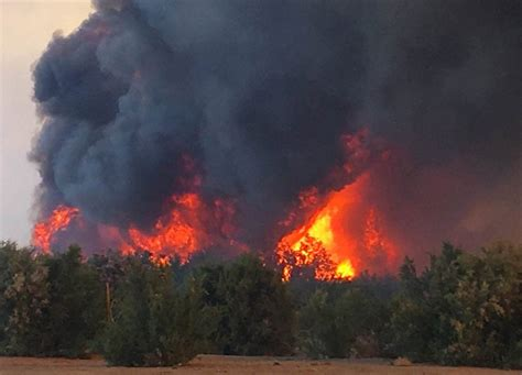 Wildfire At arizona wildfire jumps colorado river threatening