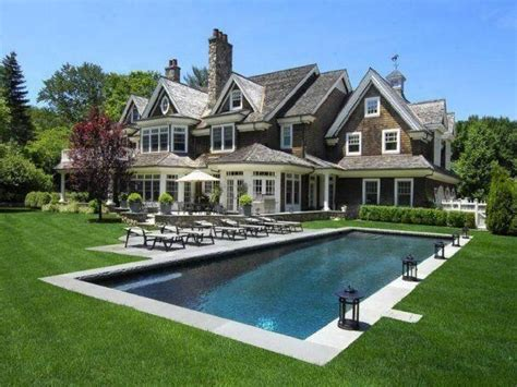 dream house a pool in the front of the house is a bit 32 best images about home house decor on pinterest house