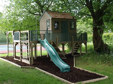 Childs Tree House with Play Platform and Activities