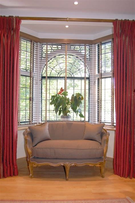 curtain rods for bow windows best 25 bow window curtains ideas on bow window treatments bay window treatments