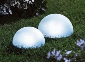 solarleuchten garten kugel solarhalbkugel gartenbeleuchtung gartenlicht solarlicht