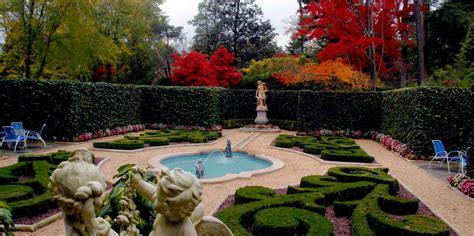 hillwood estate museum gardens american public