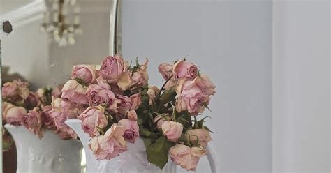 Summer Decoration Chateau Chic Easy Summer Decorating Using Roses
