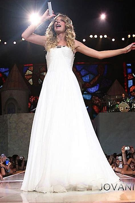 taylor swift prom dress taylor swift in vintage jovani prom ballgown in her music