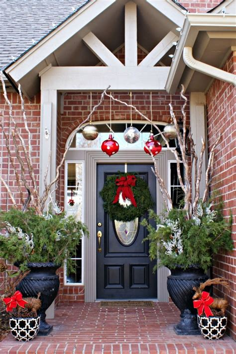 images of christmas decorated porches 50 stunning christmas porch ideas style estate