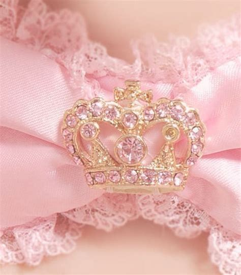 Tiera Pink Soft image via we it https weheartit entry 169873782 corona crown lovely pink