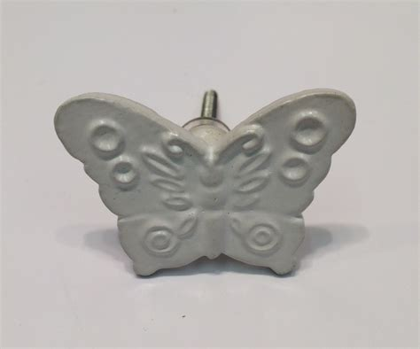 Butterfly Door Knobs by Flutter Metal Butterfly Door Knob Antique White Cupboard Knobs Door Fittings Dockerills