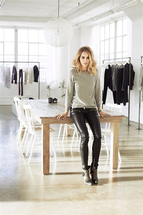 design fashion by using a fashion studio in the perfect studio of the fashion designer annie bing