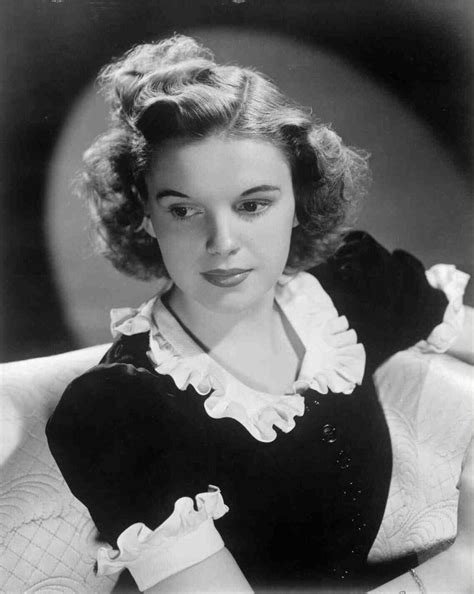 film biography of judy garland 17 best images about judy garland on pinterest dr oz