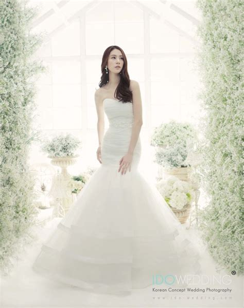 Wedding Dress Korean by 1000 Images About Korean Wedding Gown Bridal Collection