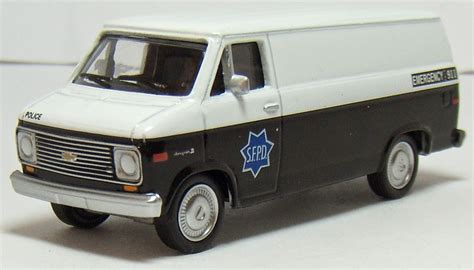 matchbox chevy van two lane desktop greenlight 1977 chevy g20 van and