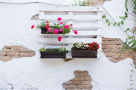Idee Per Arredare Il Giardino Fai Da Te by Riciclo Fai Da Te In Giardino Idee Creative Per Arredare