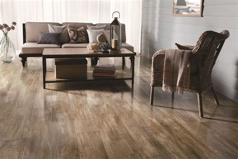 laminate flooring that looks like wood laminate flooring that looks like wood loccie better