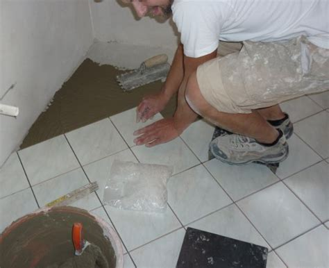 Laying A Tile Floor by Laying Ceramic Tile