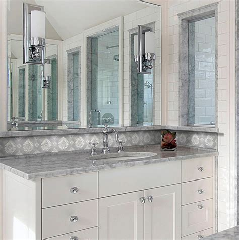 bathroom light fixtures mirror bathroom light fixtures mirror bathroom traditional