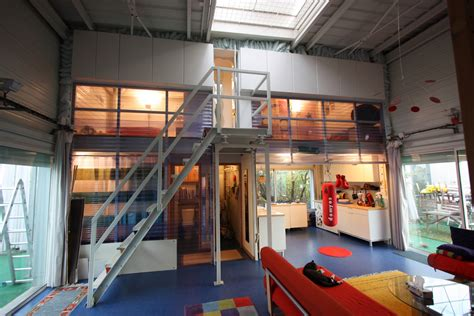 shipping container homes shipping containers in loft construction en containers maison container maison loft
