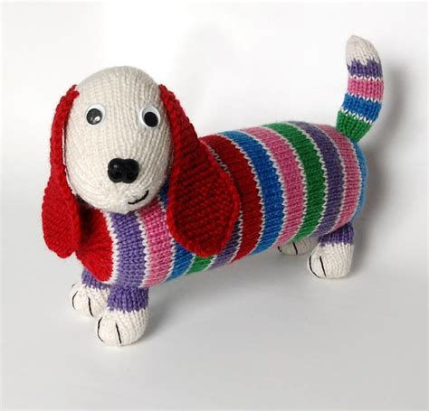 how to knit tiny animals dave the stash busting dachshund knit flat in the