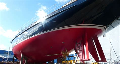 yacht paint chi yacht refinishing yacht painting