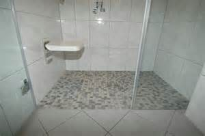 dusche selber fliesen ebenerdige dusche fliesen bodengleiche dusche 100x80