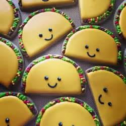 best 25 decorated cookies ideas on decorated