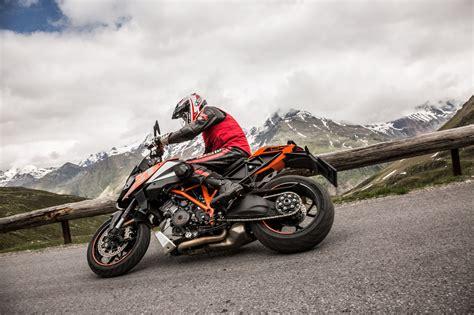 Ktm 1290 Test Ktm 1290 Duke Gt Test In Den Alpen Ischgl 2016