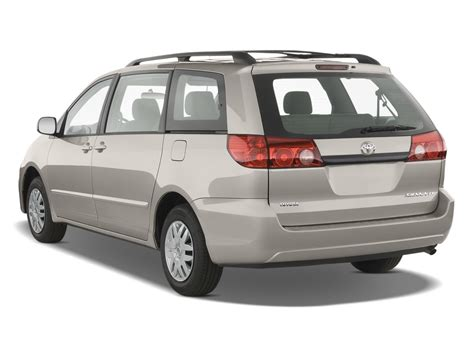 Toyota Minivan 2008 2008 Toyota Reviews And Rating Motor Trend
