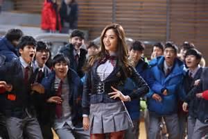 film drama korea fashion king quot fashion king movie quot nana exposes midriff and puts on